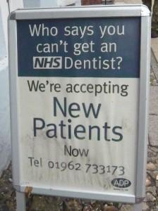 Zahnarztbehandlung in England